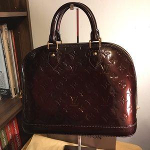 Louis Vuitton Alma Amaranth pm size
